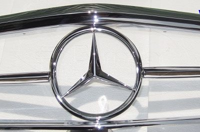 MercedesW113FrontGrille1577244892
